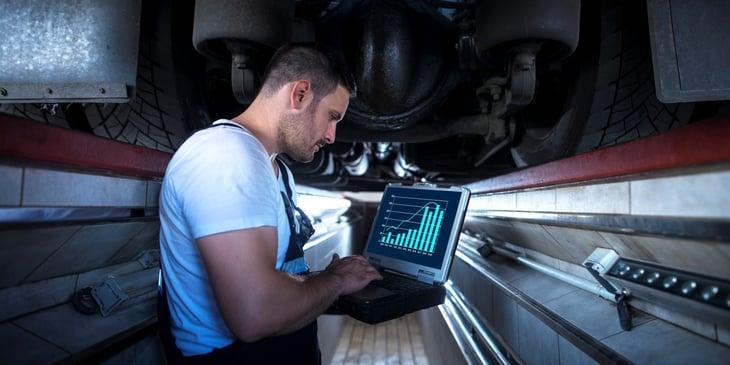 Montarea GPS-ului pentru urmarirea flotei auto, SafeFleet