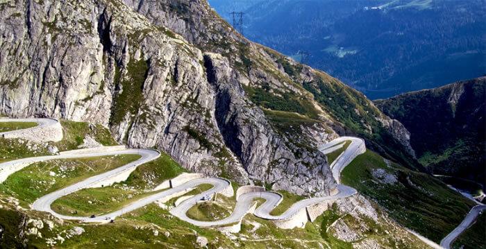 safe-fleet-Gotthard-pass