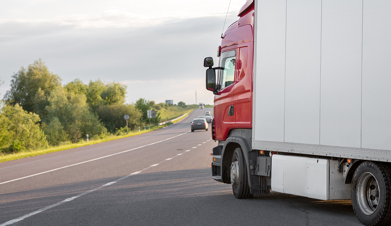 Cel mai eficient sistem de tracking GPS pentru camioane